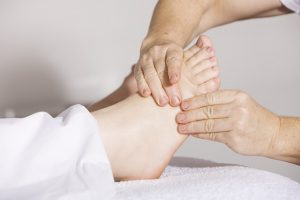 initiation massage pieds mollets